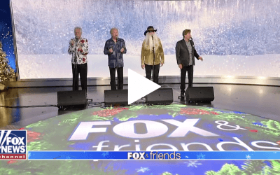 Oak Ridge Boys perform 'Silent Night'